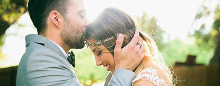 Mokslininkai paaiškino keistą dėsningumą: susituokę žmonės dažniau nugali vėžį