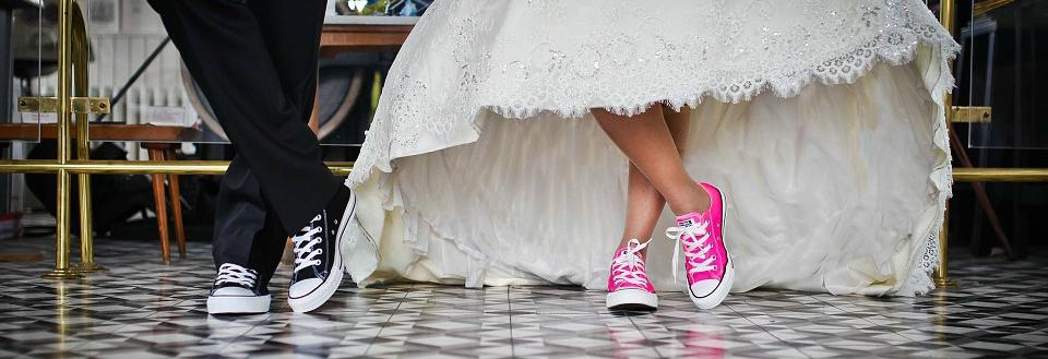Tyrimas atskleidė, kad santuokinis gyvenimas yra stabilesnis už gyvenimą kartu nesusituokus