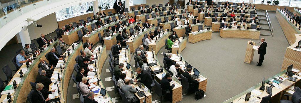 Balsavimo dėl Pagalbinio apvaisinimo įstatymo su LR Prezidentės pataisomis priėmimo apžvalga