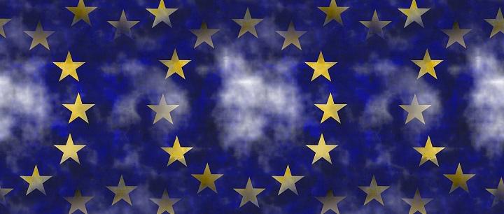 Europos Komisija reikalaus savo darbuotojų dalyvauti sąmoningumo LGBT atžvilgiu ugdymo mokymuose