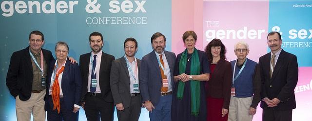 """Madrido valdžia pradėjo tyrimą dėl Konferencijos apie lytį, """"gender"""" ir švietimą turinio"""