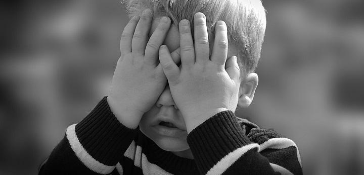Apie su vaikais dirbančių specialistų pareigą pranešti apie visus vaiko teisių pažeidimus