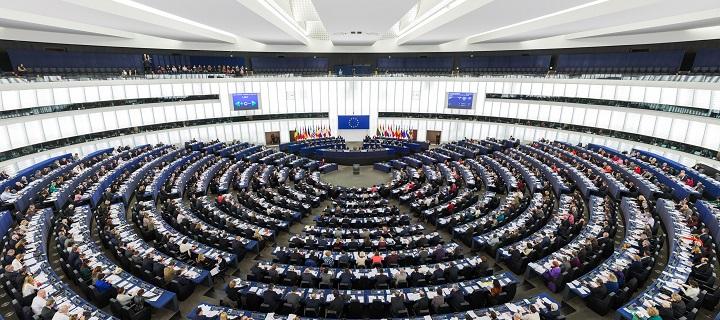 Kandidatai į Europos Parlamentą įsipareigojo remti šeimai palankią politiką