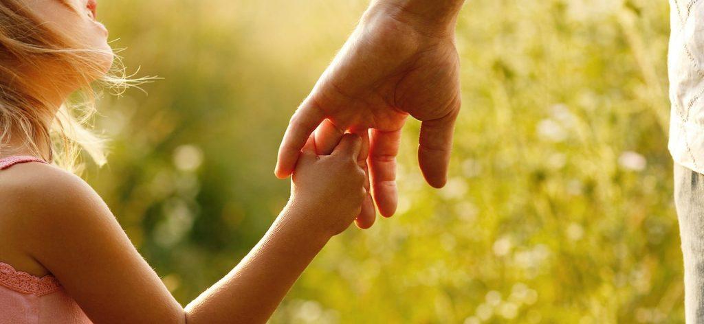 Naujas Bulgarijos įstatymas kelia pavojų tėvų teisėms